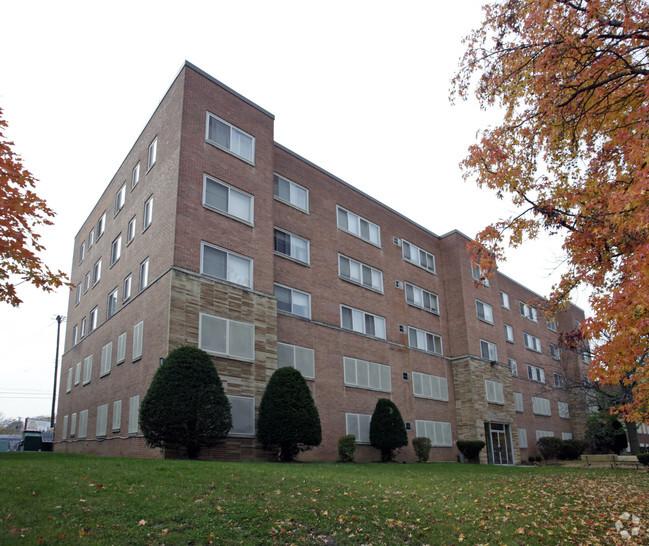 Meridian Apartments exterior